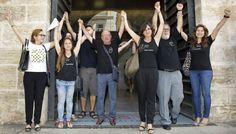 3 de juliol de 2015. 9 anys de concentracions de protesta han servit per a què les Corts Valencianes acorden investigar a fons l'accident de metro del  3 de juliol de 2006, que va provocar 43 morts i 47 ferits. En el seu moment el govern del PP no va voler fer una investigació a fons, ningú va dimitir, es va amagar documentació. La justícia tampoc va funcionar i s'ha hagut de reobrir el cas. Després de 9 anys es podrà acabar el dol.