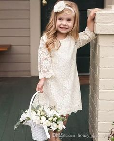 In addition to the bride and groom, the wedding day is the most eye-catching wedding flower girl. In general weddings, I will invite a few small flower girls, like cute little angels, symbolizing the pure Read more… Vintage Flower Girls, Cute Flower Girl Dresses, Girls Spring Dresses, Girls Lace Dress, Lace Flower Girls, Dress Lace, Flower Girl Outfits, Boho Flower Girl, Dress Girl