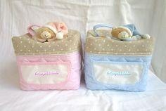beauty case con orsetto di peluche personalizzabile con nome punto croce; per info: http://lecreazionidimichela.it.gg/HOME.htm