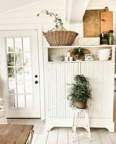 Our house went through SO MANY changes today & so many stages of construction and mess. this is one space that was safe from the mess,… Farmhouse Style Kitchen, Shabby Chic Kitchen, Farmhouse Chic, White Farmhouse, Vintage Farmhouse, Vibeke Design, Wood Home Decor, White Cottage, White Decor