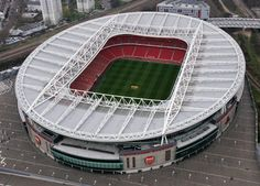(Soccer) Arsenal football clubs new home the Emirates Stadium in Holloway, March 25, 2007 in North London, England. (Photo by Mike Hewitt/Getty Images)