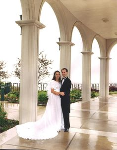 bountiful temple wedding photography - Google Search