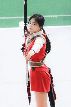 Goddess of beauty Extended Play, South Korean Girls, Korean Girl Groups, Nayeon, Archery Girl, Oh My Girl Yooa, Chou Tzu Yu, Tzuyu Twice, Dahyun