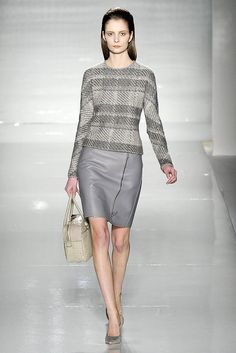 Max Mara, tweed on leather of my heart, why do you insist on unjuicy miserable faced models? pale on pale on pale and still i want it tho