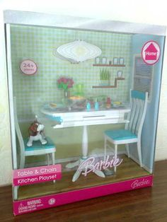 2006 Barbie Table Chairs Kitchen Playset Home