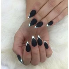 Stiletto nails come in all lengths. To prove it we're sharing 40 short stiletto nails to get your wheels turning. Witchy Nails, Goth Nails, Best Acrylic Nails, Acrylic Nail Designs, Dark Nail Designs, Simple Acrylic Nails, Hair And Nails, My Nails, Pointy Nails