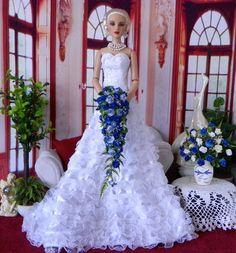 Tonner Evangeline Ghastly  Ellowyne  Cami BJD BLUE Bouquet, Flowers, NEW!!