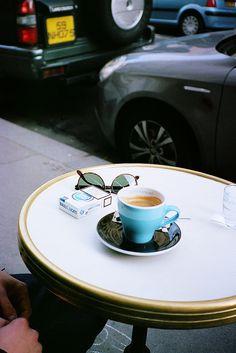 prendre un café...