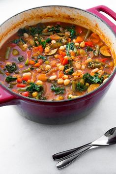 Quinoa and Kale Minestrone {Vegan and Gluten Free} | Cooking Classy I will leave out the SOS (salt, sugar, oil)