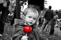 How to Make Photos Black And White With a Splash of Color: A GIMP Photo Tutorial