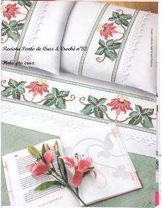 Bargello, Cross Stitch Designs, Traditional Art, Bed Pillows, Pillow Cases, Napkins, Decorative Boxes, Carpet, Handmade