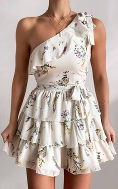 Glamouröse Outfits, Girly Outfits, Cute Casual Outfits, Pretty Outfits, Pretty Dresses, Stylish Outfits, Beautiful Dresses, Floral Dress Outfits, Cute Floral Dresses