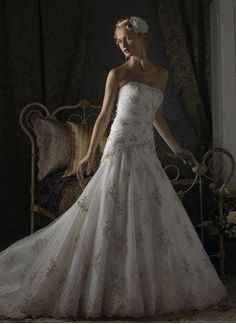 Trumpet/Mermaid Strapless Chapel Train Satin Tulle Wedding Dress With Ruffle Lace