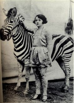 I have a slight fascination with all things circus or carnival.