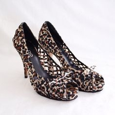 """Cheetah Print Open Toe Heels ALDO ⑊ Size 36 (true-to-size)  ⌁ Measurements: 4.25"""" heel 0.75"""" platform  ⌁ Material: All man-made materials  ⌁ Condition: Used. Soles have some wear.  Comment below if you have other questions. Please make all offers using the """"offer"""" button. No trades or PayPal. No holds (first come, first serve). Comes from a smoke-free/pet-free home. Not responsible for lost/damaged mail. All sales are final. ♡ ALDO Shoes Heels"""