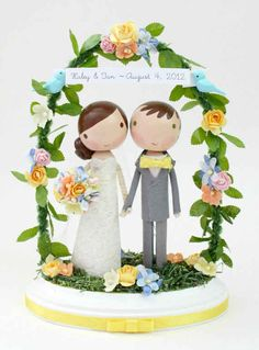 Get animated with custom wedding toppers that look just like you! | 28 Creative And Meaningful Ways To Add A Personal Touch To Your Wedding