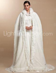Wedding Cape, Bridal Cape, Bridal Gowns, Wedding Gowns, Winter Cloak, White Faux Fur Coat, Plus Size Wedding, Mode Style, Wraps