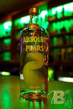 Absolut Pear Vodka at Vanessa's Bistro 2.  #Absolut #AbsolutPears #WalnutCreek #Bar #VanessasBistro2 #LED #Cocktails #PearDrop