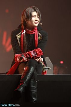 ミュージカル『刀剣乱舞』は、現在フランス・パリで行われているJapan Expoにおいて、ステージパフォーマンスを行った。今回のステージイベントに登場するのは、加州清光、小狐丸、石切丸、岩融、今剣、5...