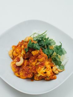 Vegetarian Recipes, Curry, Ethnic Recipes, Food, Drinks, Cilantro, Drinking, Curries, Beverages