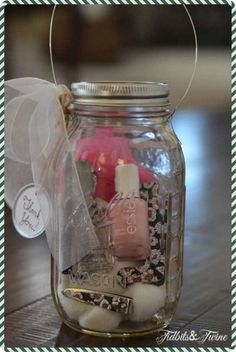 The Best Homemade Holiday Gifts-in-a-Jar - Keeper of the Home