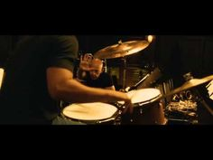 """Dois trailers e pôster do filme """"Whiplash – Em Busca da Perfeição"""" http://cinemabh.com/trailers/dois-trailers-e-poster-do-filme-whiplash-em-busca-da-perfeicao"""