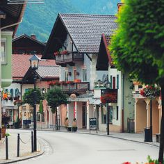 Germany.Bavaria. Oberammergau. On the street.