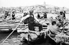 Eminönü, 1956 F: Ara Güler #istanlook