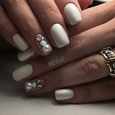 Top 33 Irresistibly Clever Nail Designs for 2019 - Fashionre - Spring Nails Easter Nail Designs, Easter Nail Art, Nail Designs Spring, Nail Art Designs, Toe Nail Art, Toe Nails, Holiday Nails, Christmas Nails, Bunny Nails