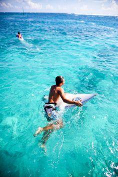 http://chicerman.com  eighty6sunnies:  LIVE LIFE IN THE SUN  #summerlook