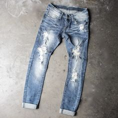 7th street distressed skinny denim jeans - shophearts - 1