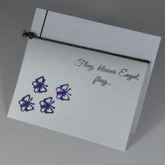 """Trauerkarte für ein verstorbenes Kind """"Schmetterlinge"""" in lila - für Kinder - Trauer- und Kondolenzkarten - Cardlove.de"""