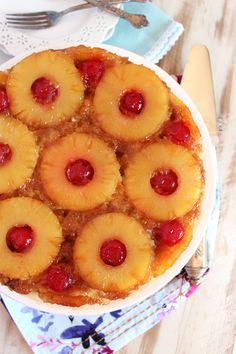 Classic Pineapple Upside Down Cake - The Suburban Soapbox-- Better than grandma's…this classic Pineapple Upside Down Cake is a great centerpiece for any dessert table. Frosting Recipes, Cupcake Recipes, Baking Recipes, Cookie Recipes, Cupcake Cakes, Dessert Recipes, Cupcakes, Yummy Recipes, Pineapple Upside Cake