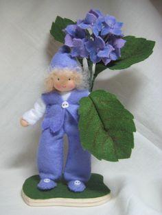 Jahreszeitentisch - Hortensienjunge ***RESERVIERT für Katharina*** - ein Designerstück von Blumenkinder-Unikate bei DaWanda
