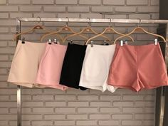 SHORTS MELANI ALFAIATARIA Cute Girl Outfits, Cute Summer Outfits, Cool Outfits, Teen Shorts, Casual Shorts, Trendy Dresses, Trendy Outfits, Girls Fashion Clothes, Fashion Outfits