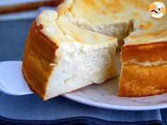 Gâteau au fromage blanc, Recette Ptitchef Easy Desserts, Dessert Recipes, Guisado, Caramel Apples, No Bake Cake, Sweet Recipes, Food Photography, Bakery, Deserts