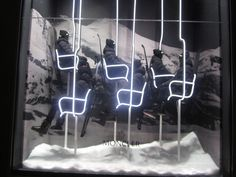 Moncler window display - Milan                                                                                                                                                                                 Mehr