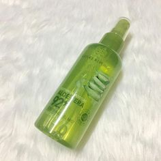 Lazy Orlov: Review: Nature Republic Aloe Vera 92% Soothing Gel...