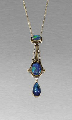 OPAL AND DIAMOND PENDANT NECKLACE, CIRCA 1900