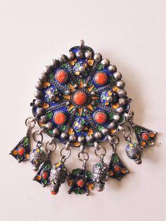 alte Kabylen silber anhänger kette mit emalien und edel koralle von etuareg auf Etsy