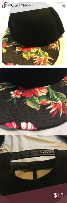 Flat Brimmed Unisex Flowered Hat Love this hat! Black Flat brimmed hat with flowered pattered on both sides of bill. only worn once. Accessories Hats
