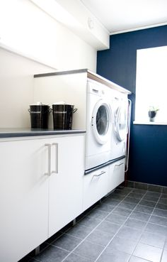 Laundry Room, Laundry Space, Laundry Decor, Laundry Design Ideas, Washing Machine, Makeover Laundry Room Wall Decor, Laundry Room Remodel, Laundry Room Signs, Laundry Room Cabinets, Laundry Area, Laundry Storage, Laundry Room Organization, Small Laundry Rooms, Laundry Closet