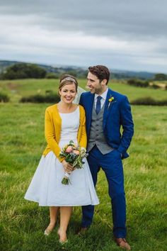 Wedding Dress Wednesday- cardigans and wedding dresses