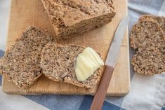 Dinkel Brot mit Körnern