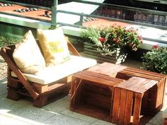 DIY Terrace Furniture Made of #Pallets and Crates | 99 Pallets