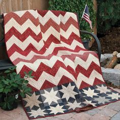 Stars & Chevrons patriotic lap quilt pattern designed by Laura DeMarco Van Slyke and machine quilted by Denise Ulrich appeared in the July/August 2015 issue of McCall's Quilting. Flag Quilt, Patriotic Quilts, Star Quilts, Mini Quilts, Quilt Blocks, Chevrons, Chevron Quilt, Quilting Projects, Quilting Designs