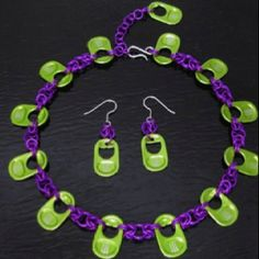 Etsy - Big Green Monster Choker and Earring Set - Purple Aluminum with Green Recycled Pull Tabs Soda Tab Crafts, Can Tab Crafts, Pop Top Crafts, Diy And Crafts, Tape Crafts, Painting Canvas Crafts, Big Green Monster, Soda Can Tabs, Paper Flower Tutorial