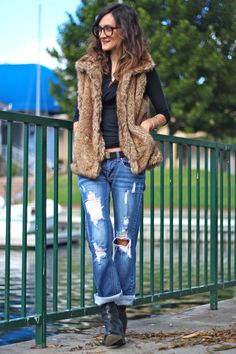 Oversized Specs. Distressed Denim. Fur.