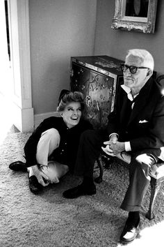 Spencer Tracy and Katharine Hepburn. Katharine Hepburn had a relationship with actor Spencer Tracy, although he never divorced his wife. Hooray For Hollywood, Golden Age Of Hollywood, Hollywood Stars, Classic Hollywood, Old Hollywood, Ronald Colman, Hollywood Couples, Celebrity Couples, Celebrity News