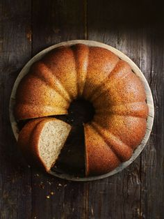 spiced chai bundt cake from donna hay magazine fast issue #82